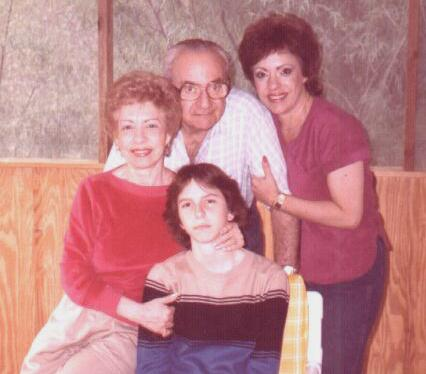 Grandma Hanna, Grandpa Paul, Mom Susan, and sis Jennifer